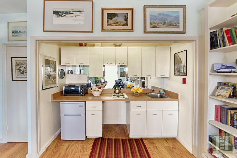 127 West 79th Street 15e, Upper West Side, NYC, 10024, $360,000, Sold Property, Halstead Real Estate, Photo 2