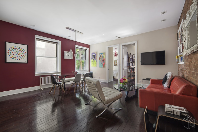 146 West 82nd Street 2C, Upper West Side, NYC, $1,049,000, Web #: 1725268