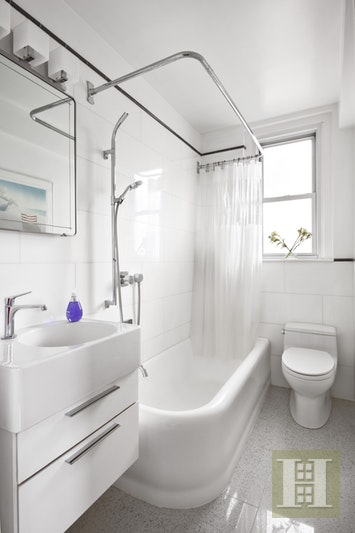 Bathroom Fixtures Upper East Side Nyc 315 east 68th street 13p, upper east side, nyc, 10065, $899,000