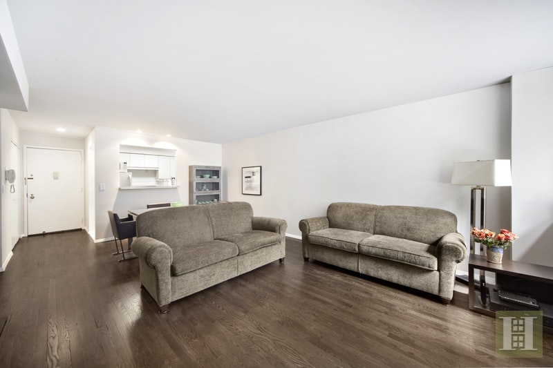 313 West 22nd Street, Chelsea, NYC, $3,995, Web #: 17366870
