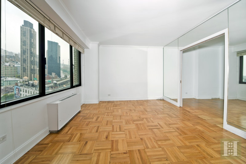 303 East 57th Street 16k, Midtown East, NYC, 10022, $489,000, Sold Property, Halstead Real Estate, Photo 2