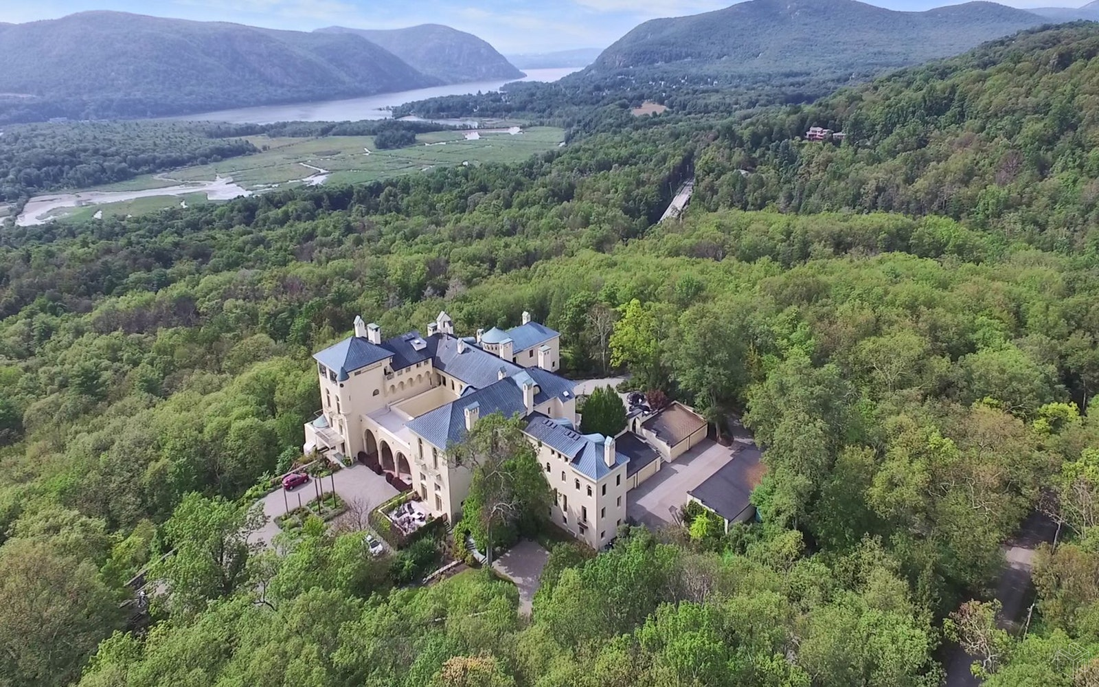 40 Dicks Castle Road, Garrison, New York, 10524, $2,100,000, Property For Sale, Halstead Real Estate, Photo 4
