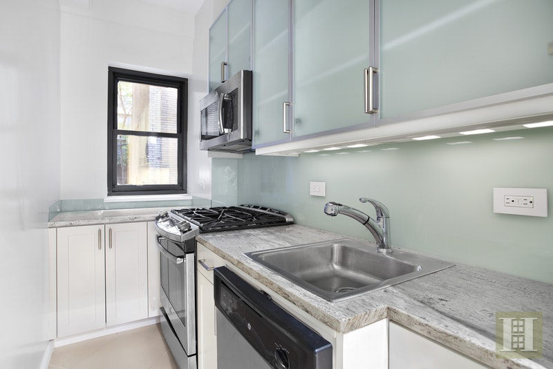 340 East 52nd Street 1d, Midtown East, NYC, 10022, Price Not Disclosed, Rented Property, Halstead Real Estate, Photo 3