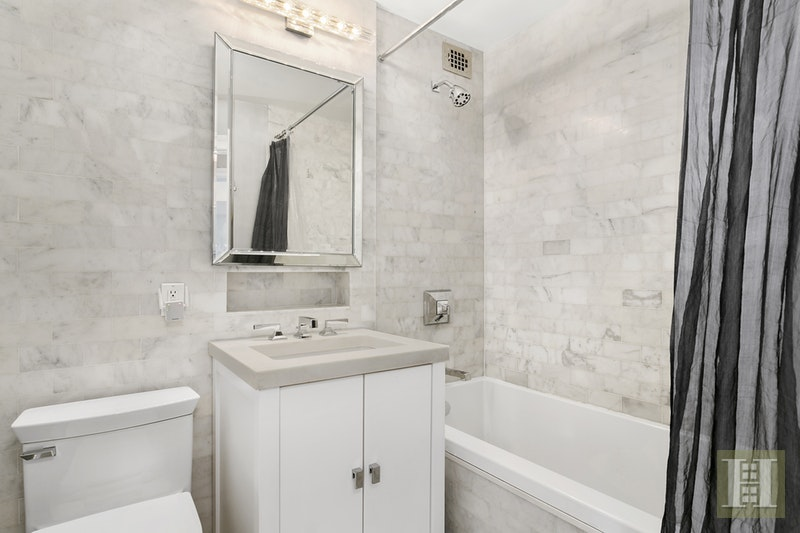 Bathroom Fixtures Upper East Side Nyc 200 east 74th street 9b, upper east side, nyc, 10021, $1,895,000