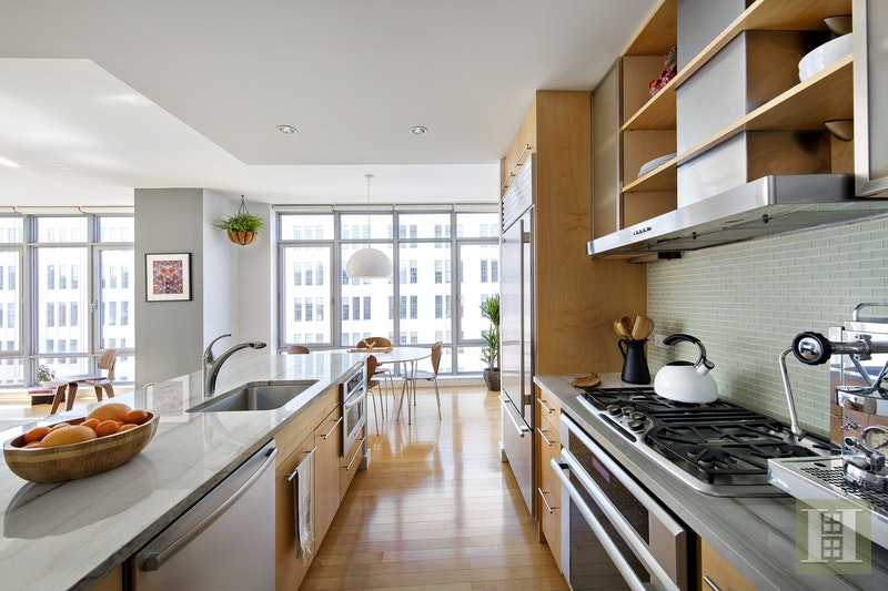 1 Northside Piers 5e, Williamsburg, Brooklyn, NY, 11249, $1,399,000, Sold Property, Halstead Real Estate, Photo 2