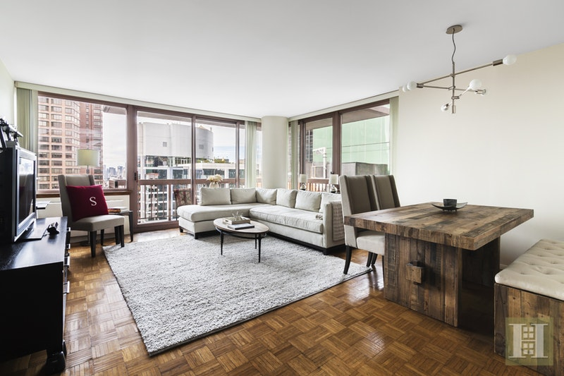235 East 40th Street 38B, Midtown East, NYC, $3,600, Web #: 17521043