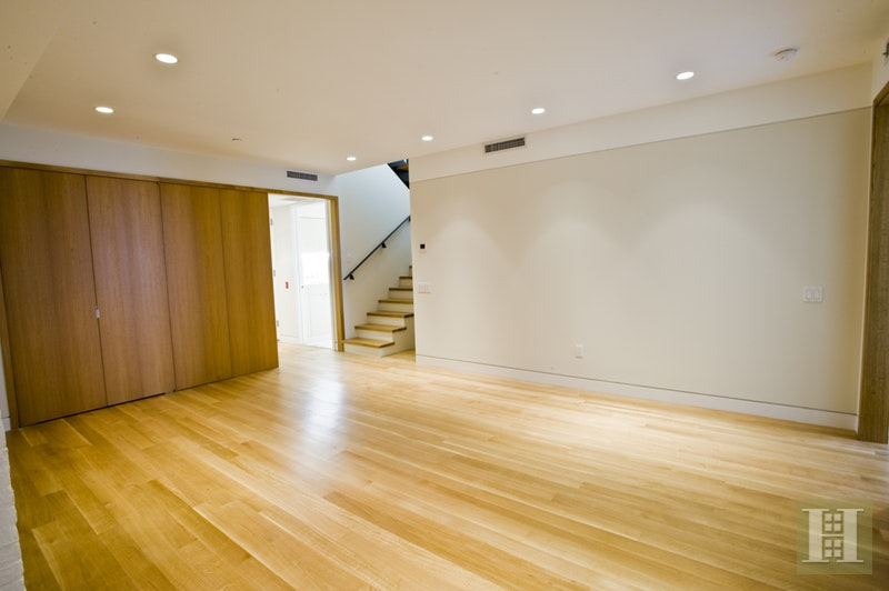 Prime 4br Soho Loft, Soho, NYC, 10012, $14,950, Rented Property, Halstead Real Estate, Photo 7