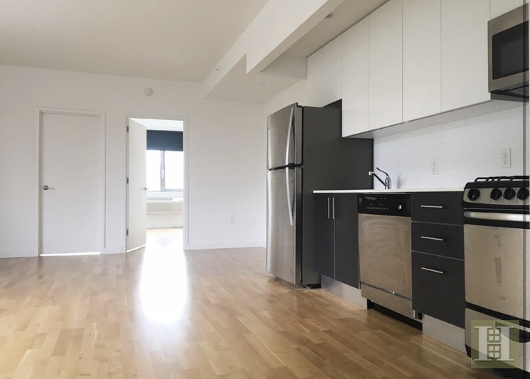 2 Bed/1 Bath Luxury Living In Astoria, Astoria, Queens, NY, 11102, $3,100, Property For Rent, Halstead Real Estate, Photo 2