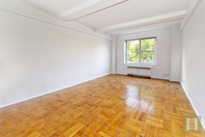 500 Grand Street, Lower East Side, NYC, 10002, $819,000, Sold Property, Halstead Real Estate, Photo 2