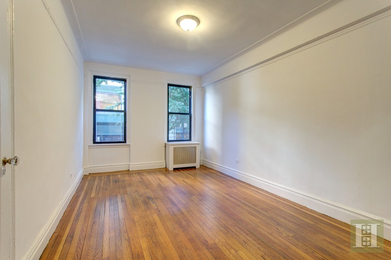 222 West 83rd Street 2D, Upper West Side, NYC, $6,734, Web #: 17581643