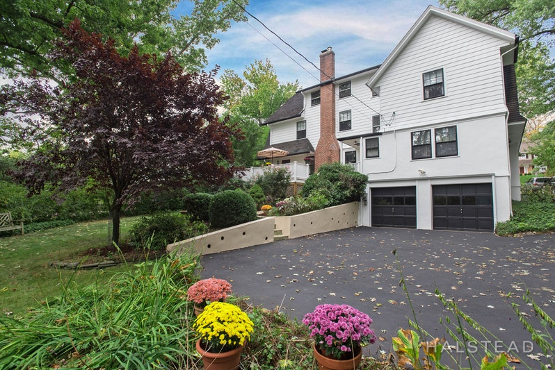 347 Upper Avenue Mountain, Montclair, New Jersey, 07043, $995,000, Sold Property, ID# 17654796, Halstead