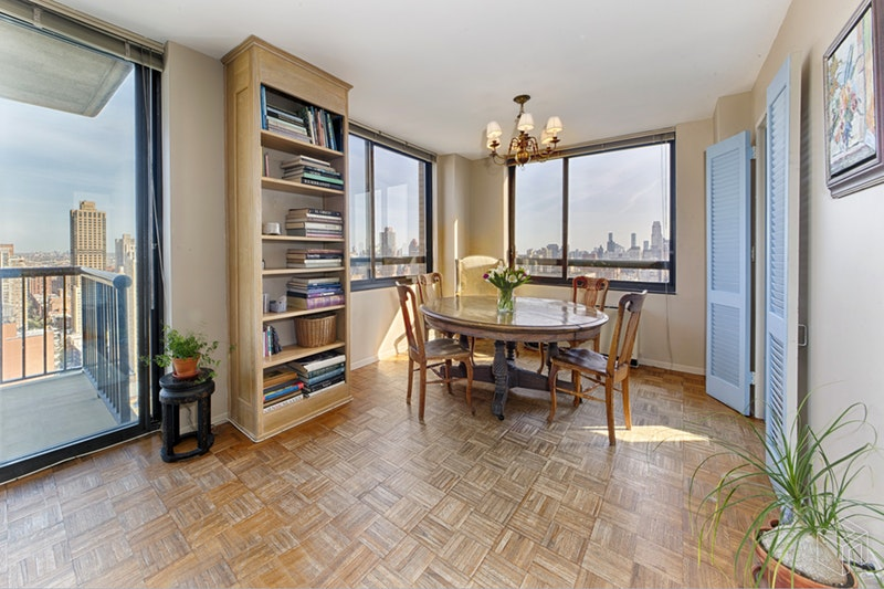 171 East 84th Street, Upper East Side, NYC, 10028, $2,150,000, Sold Property, Halstead Real Estate, Photo 2