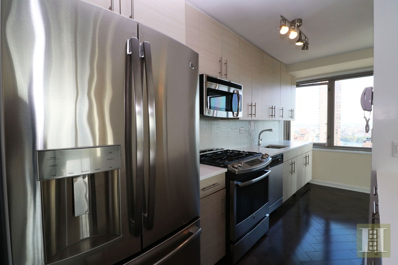 East 82nd Street, Upper East Side, NYC, $5,787, Web #: 17711482