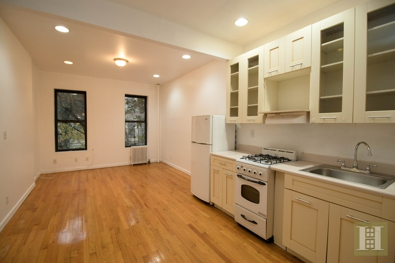436 West 49th Street, Midtown West, NYC, $1,950, Web #: 17731267