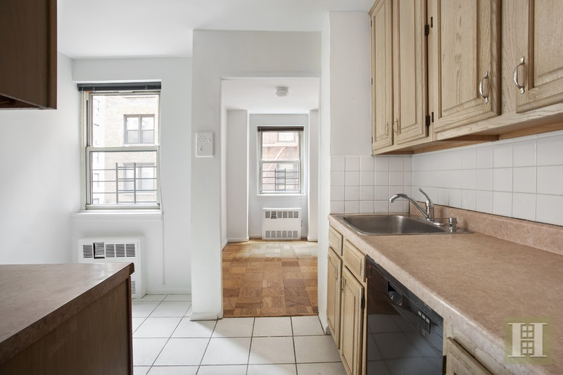 340 East 80th Street, Upper East Side, NYC, 10075, $1,150,000, Sold Property, Halstead Real Estate, Photo 5