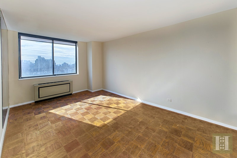275 West 96th Street, Upper West Side, NYC, 10025, Price Not Disclosed, Rented Property, Halstead Real Estate, Photo 5