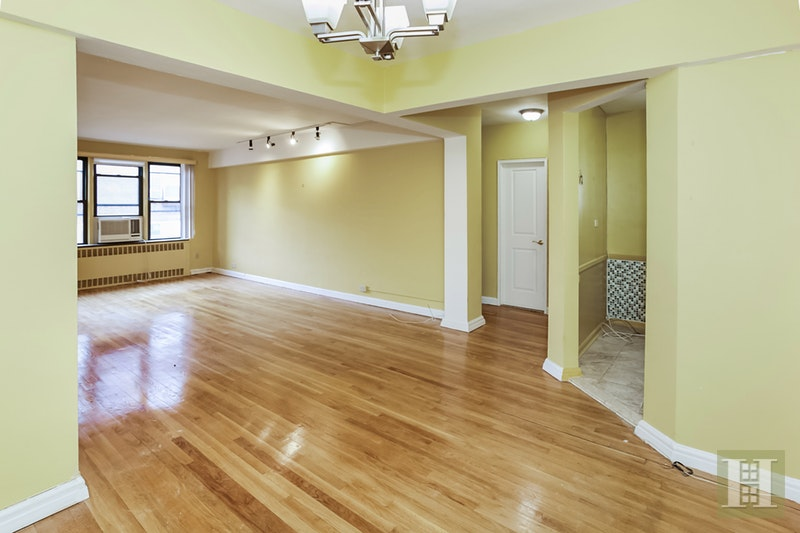 67 -40 Yellowstone Boulev  6i, Forest Hills, Queens, NY, 11375, $299,000, Property For Sale, ID# 17815988, Halstead