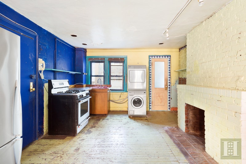 46 Carmine Street 3, West Village, NYC, 10014, $1,125,000, Sold Property, Halstead Real Estate, Photo 2