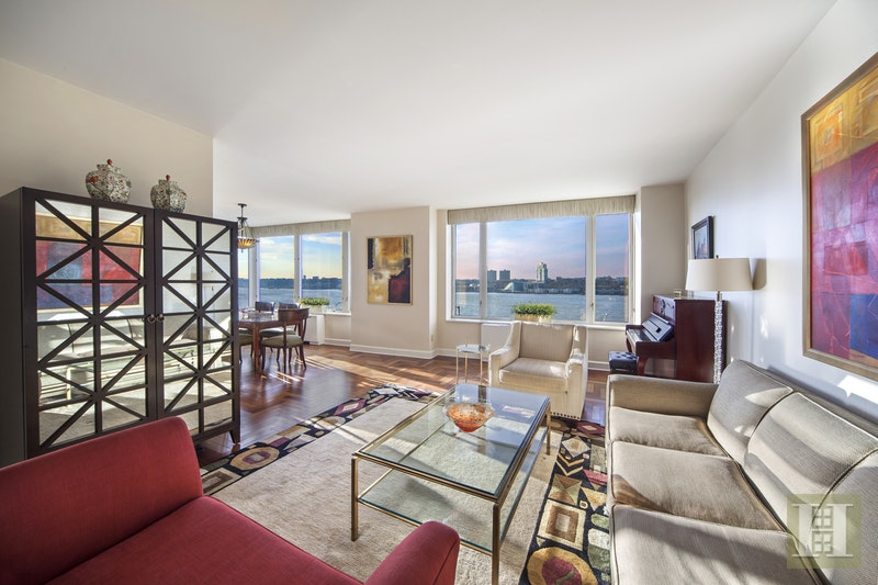 220 Riverside Boulevard, Upper West Side, NYC, 10069, $3,595,000, Sold Property, Halstead Real Estate, Photo 2