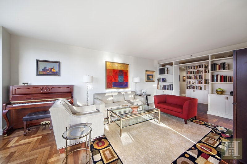 220 Riverside Boulevard, Upper West Side, NYC, 10069, $3,595,000, Sold Property, Halstead Real Estate, Photo 3