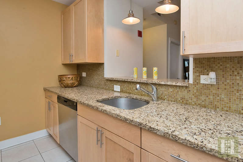 159 2nd Street, Jersey City Downtown, New Jersey, 07302, $592,500, Sold Property, Halstead Real Estate, Photo 8