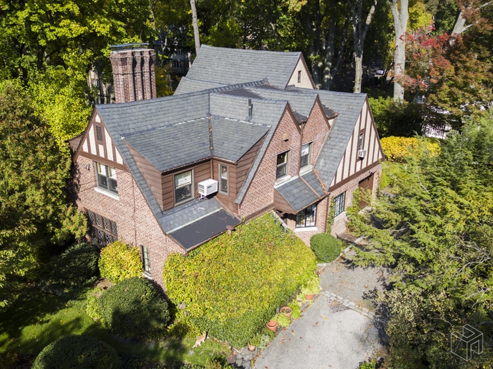 4440 Waldo Avenue, Fieldston, New York, $1,510,000, Web #: 17953849