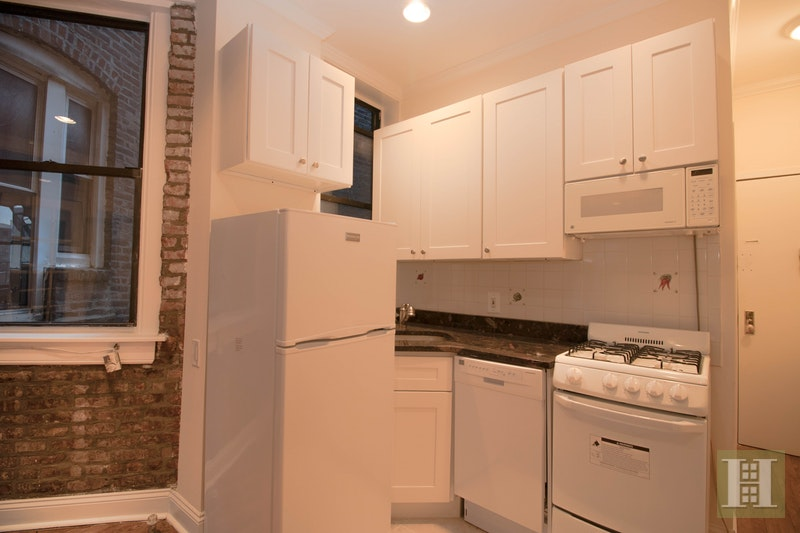 73 East 3rd Street D1, East Village, NYC, $2,550, Web #: 17953926
