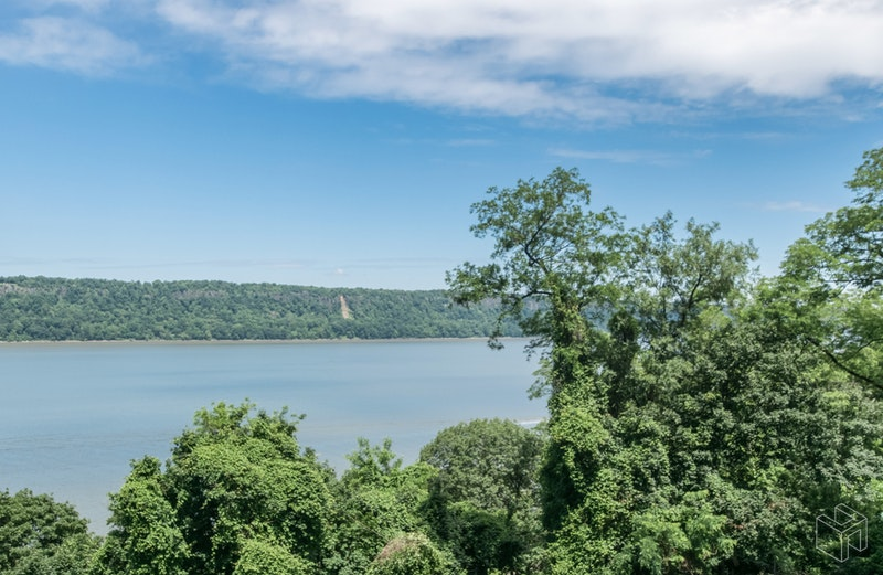 2621 Palisade Avenue, Spuyten Duyvil, New York, 10463, $375,000, Sold Property, Halstead Real Estate, Photo 6