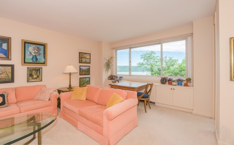 2621 Palisade Avenue, Spuyten Duyvil, New York, 10463, $375,000, Sold Property, Halstead Real Estate, Photo 8