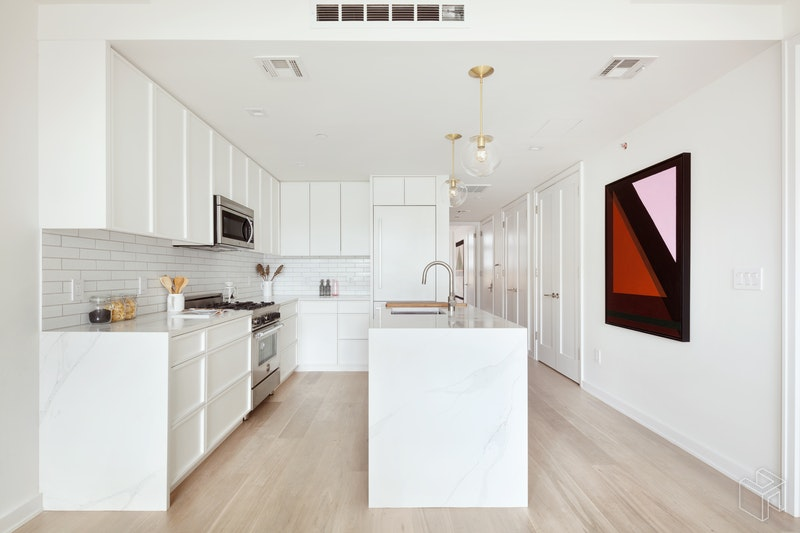 537 Lorimer Street 303, Williamsburg, Brooklyn, NY, 11211, $890,000, Sold Property, Halstead Real Estate, Photo 2
