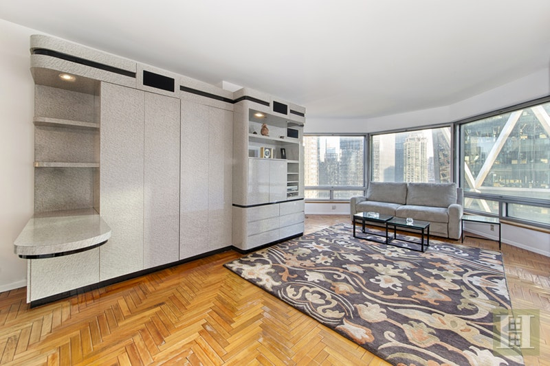 River Views & Southern Light!, Midtown West, NYC, 10019, $725,000, Sold Property, Halstead Real Estate, Photo 1