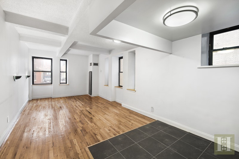 160 Bleecker Street 3kw, Greenwich Village, NYC, 10012, $2,485, Rented Property, Halstead Real Estate, Photo 2