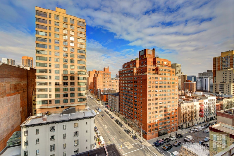 330 Third Avenue 15B, Gramercy Park, NYC, $599,000, Web #: 18000398