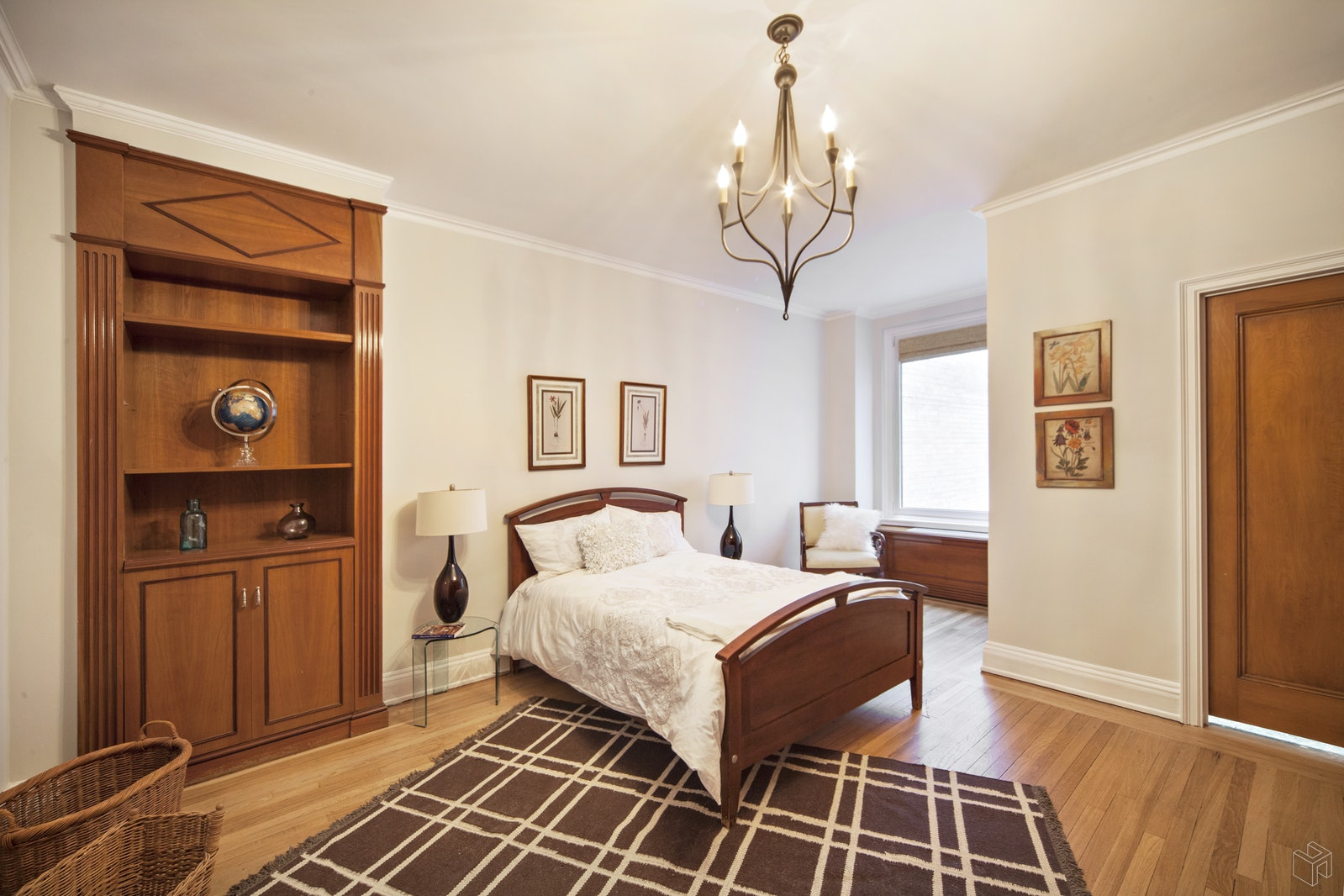 480 Park Avenue 4D, Midtown East, NYC, $1,999,000, Web #: 18025202
