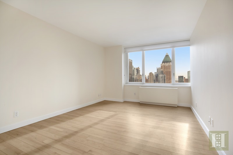 322 West 57th Street 49N, Midtown West, NYC, $1,550,000, Web #: 18054562