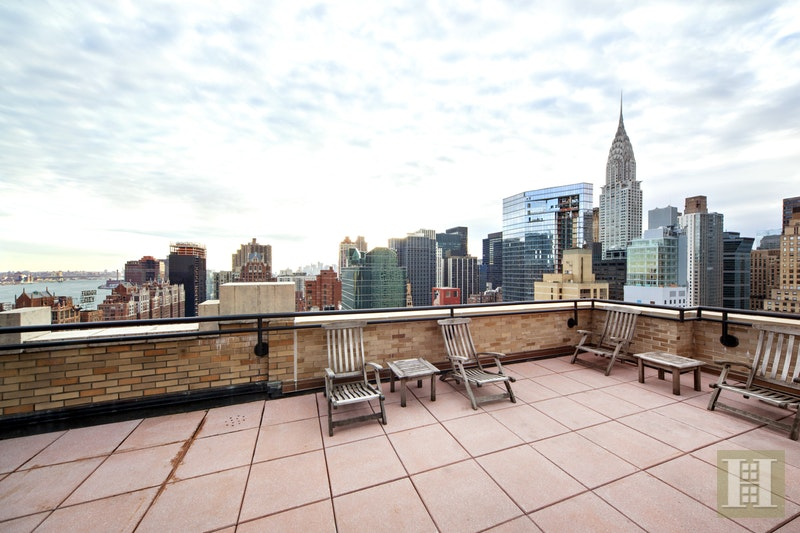 310 East 46th Street 17m, Midtown East, NYC, 10017, $1,100,000, Sold Property, Halstead Real Estate, Photo 9