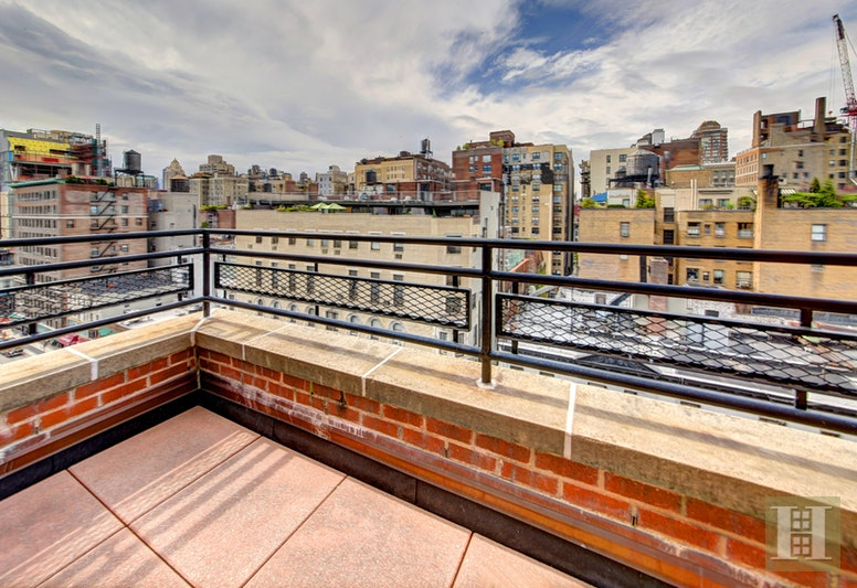 144 East 84th Street 11b, Upper East Side, NYC, 10028, $899,000, Sold Property, Halstead Real Estate, Photo 1