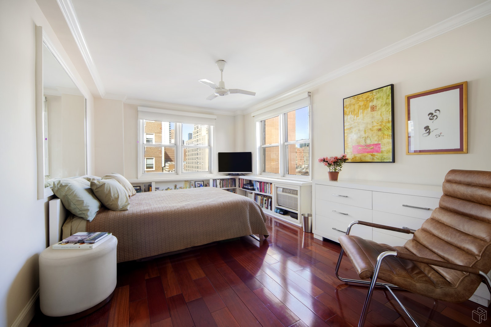 160 East 27th Street 10b, Gramercy Park, NYC, 10016, $692,000, Sold Property, Halstead Real Estate, Photo 2