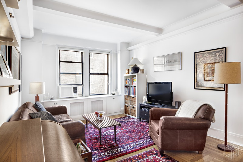 315 West  86th Street  8f, Upper West Side, NYC, 10024, $699,000, Property For Sale, ID# 18231205, Halstead