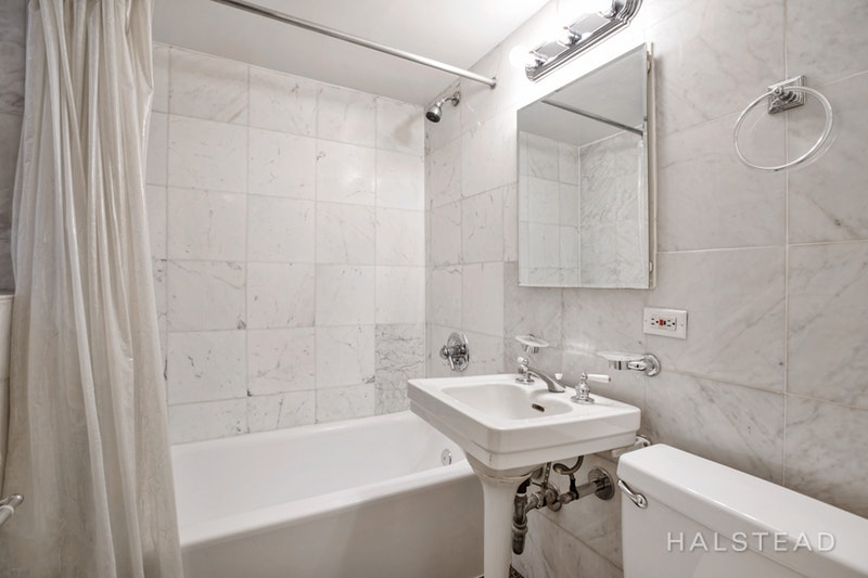 333 East 43rd Street 103, Midtown East, NYC, 10017, Price Not Disclosed, Rented Property, Halstead Real Estate, Photo 4