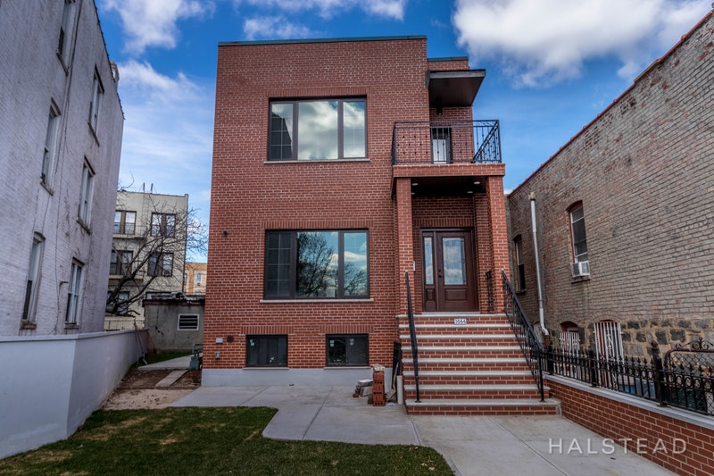 30 -66 45th Street, Astoria, Queens, NY, 11103, Price Not Disclosed, Rented Property, Halstead Real Estate, Photo 11