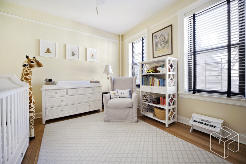 325 East 80th Street 4a, Upper East Side, NYC, 10075, $925,000, Sold Property, Halstead Real Estate, Photo 3