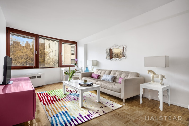 393 West 49th Street 4y, Midtown West, NYC, 10019, $700,000, Sold Property, Halstead Real Estate, Photo 1