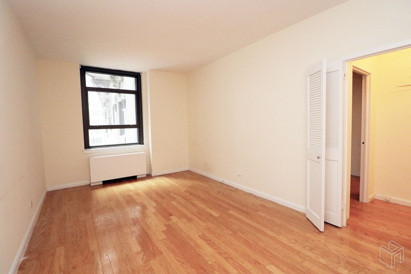 Park Avenue, Midtown East, NYC, $3,050, Web #: 18404910