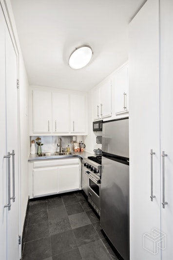 77 East 12th Street 17d, East Village, NYC, 10003, $825,000, Sold Property, Halstead Real Estate, Photo 5