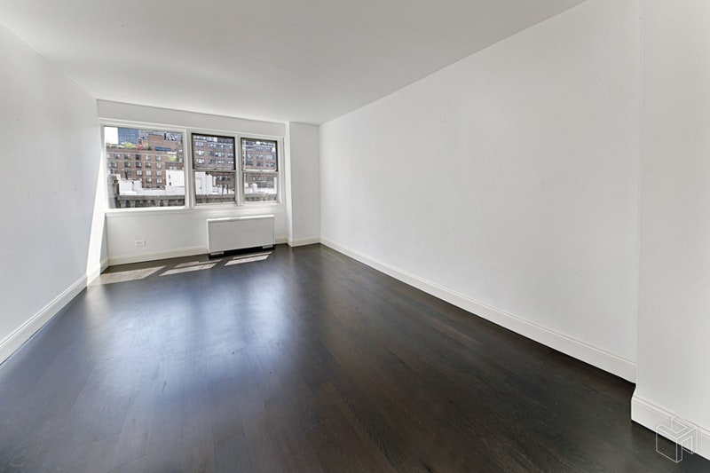 525 East  82nd Street  8e, Upper East Side, NYC, 10028, $495,000, Property For Sale, ID# 18471620, Halstead
