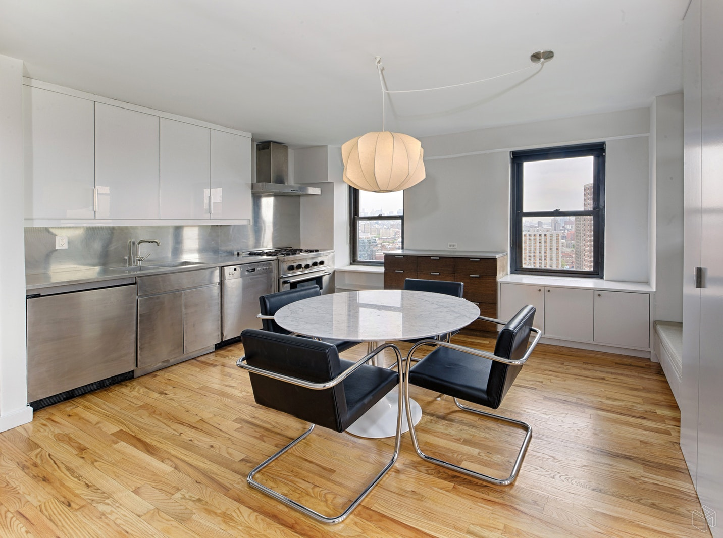 212 East Broadway, Lower East Side, NYC, 10002, $970,000, Sold Property, Halstead Real Estate, Photo 3