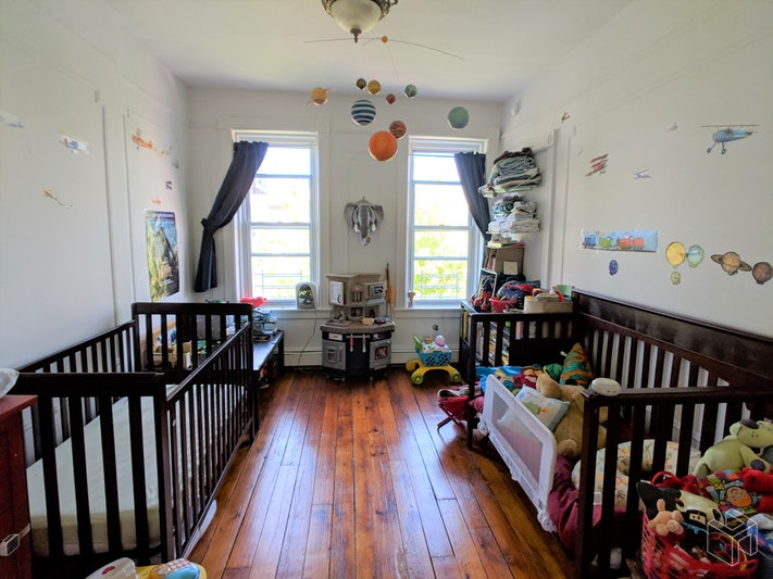 143 16th Street 3, Park Slope, Brooklyn, NY, $2,800, Web #: 18503156