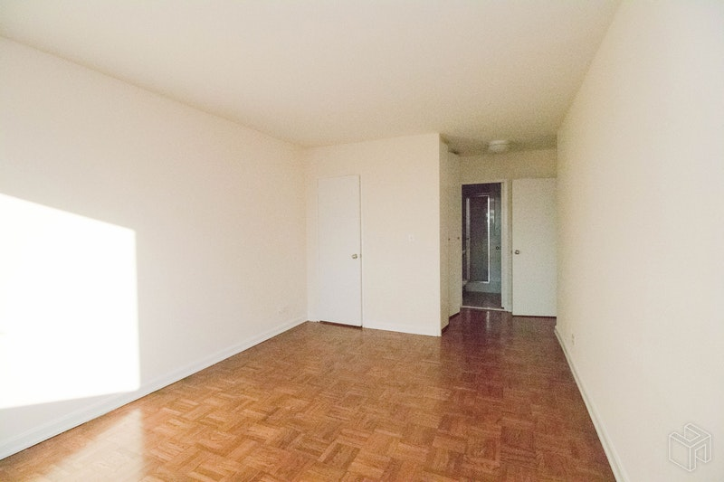 East 82nd Street, Upper East Side, NYC, 10028, Price Not Disclosed, Rented Property, Halstead Real Estate, Photo 7