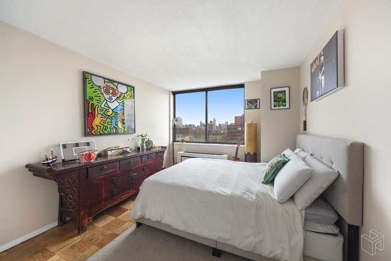275 West 96th Street 26g, Upper West Side, NYC, 10025, $2,500,000, Sold Property, Halstead Real Estate, Photo 4